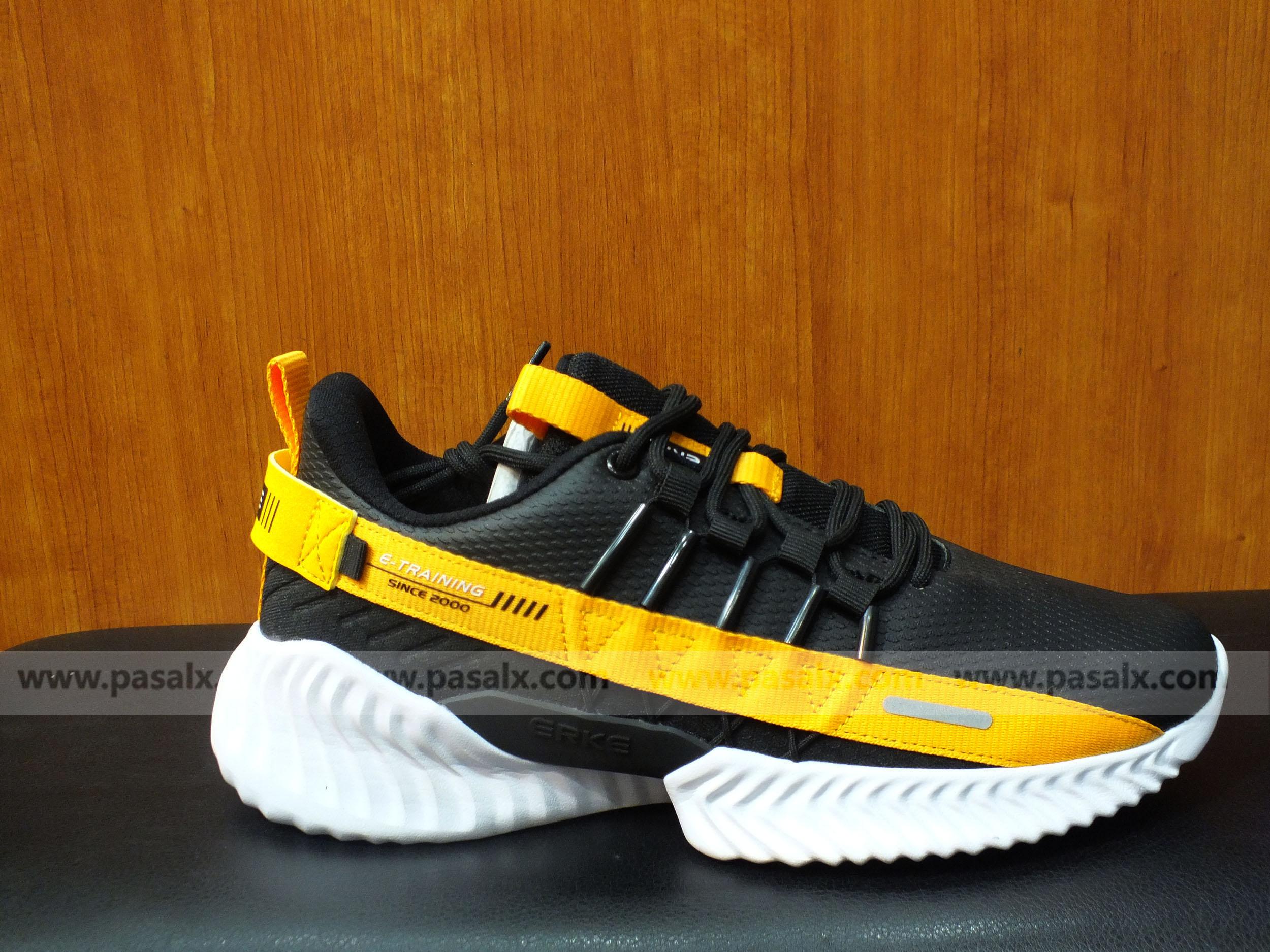 ERKE Black & Yellow Training Shoes For Men- 11119414510-003