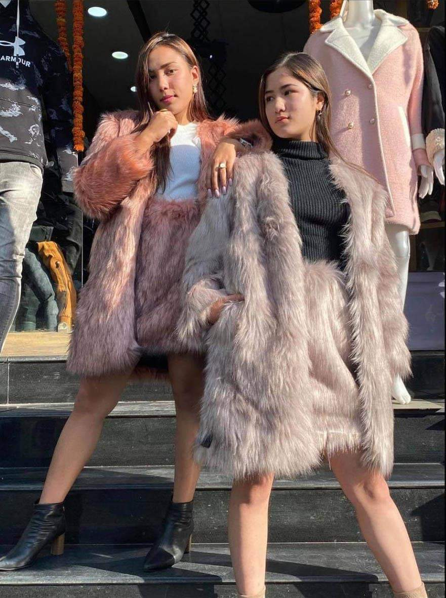 Fur Outer Coat With Fur Skirts